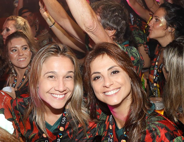 Fernanda Gentil e a namorada, Priscila Montandon (Foto: Divulgação/CamaroteN1)