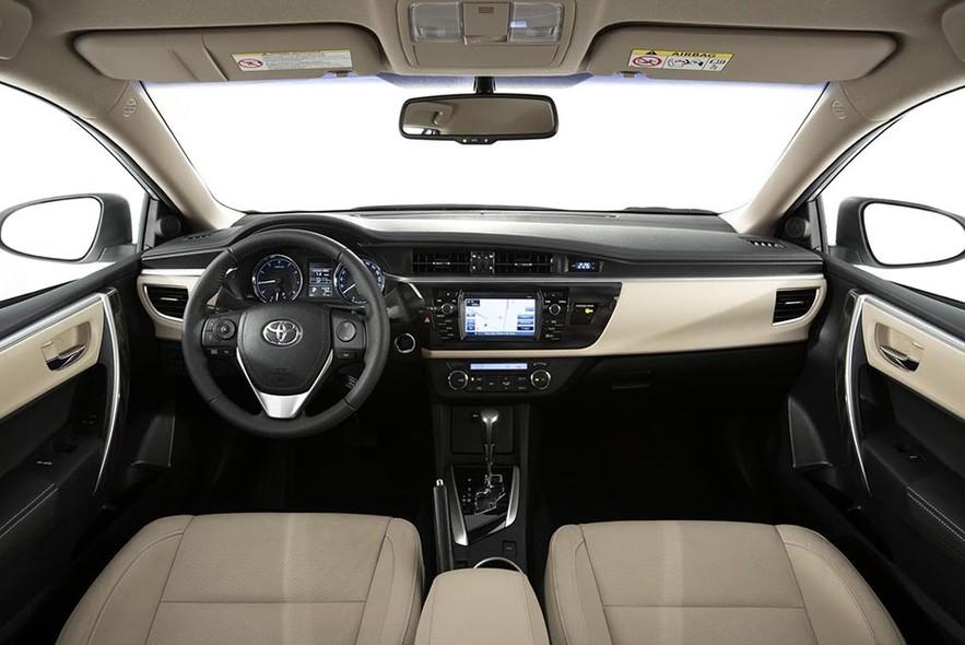 Toyota Corolla 2015 interior