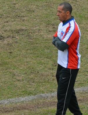 Vanio Ribeiro,  técnico do Ecus (Foto: Vitor Geron)