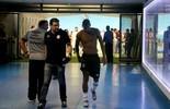 Com lesão no joelho, Walace para  por 30 dias e desfalca o Grêmio (Diego Guichard/GloboEsporte.com)