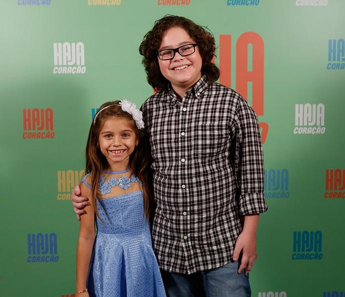 Os pequenos Melissa Maia e Henry Fiuka serão Beatriz e Nicolas Talarico, irmãos mais novos de Carol, vivida por Bruna Griphao (Foto: Ellen Soares/ Gshow)