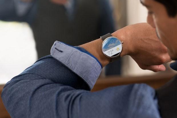 Relógio inteligente Moto 360, da Motorola, que é equipado com Android Wear, do Google. (Foto: Reprodução/Motorola)