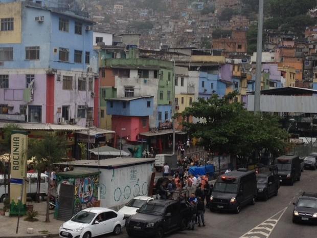 Policiamento foi reforçado na Rocinha por homens do Bope após tiroteio neste domingo (16) no Rio (Foto: Guilherme Brito/G1)