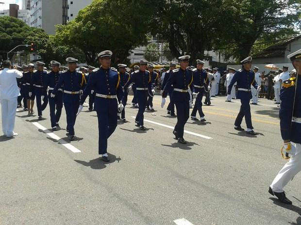 Cerca de 15 mil pessoas assistiram ao desfile na capital potiguar (Foto: Francisco Júnior/Inter TV Cabugi)