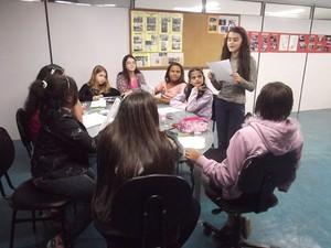 Rodas de Leitura do projeto de menina de 11 anos motiva outras crianças em Petrópolis (Foto: Divulgação)