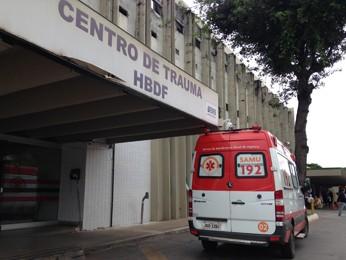 De acordo com médicos do Hospital de Base, cirurgias agendadas para esta segunda-feira estão suspensas por falta de infraestrutura (Foto: Natalia Godoy/G1)
