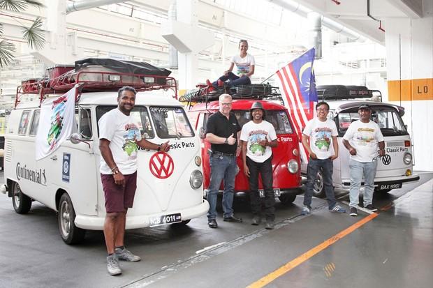 Os malaios conseguiram levar as Kombis até o lugar em que foram fabricadas (Foto: Divulgação)