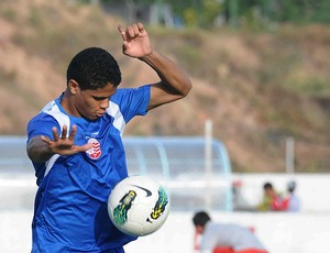 douglas santos náutico (Foto: Aldo Carneiro / Pernambuco Press)