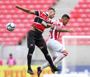 Náutico x Santa Cruz  (Foto: Marlon Costa (Pernambuco Press))