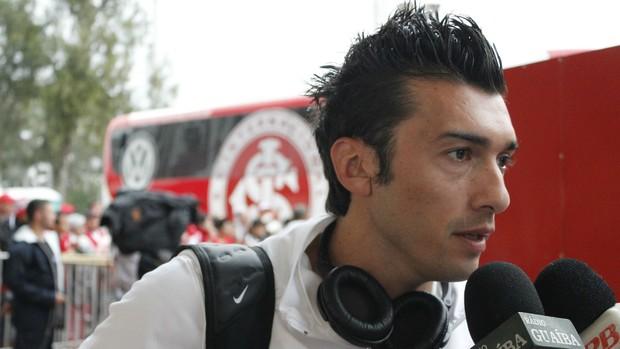 Dátolo meia Inter (Foto: Diego Guichard / GLOBOESPORTE.COM)