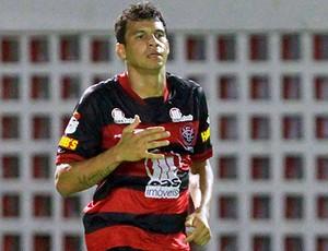 neto baiano; vitória (Foto: Felipe Oliveira / EC Vitória / Divulgação)