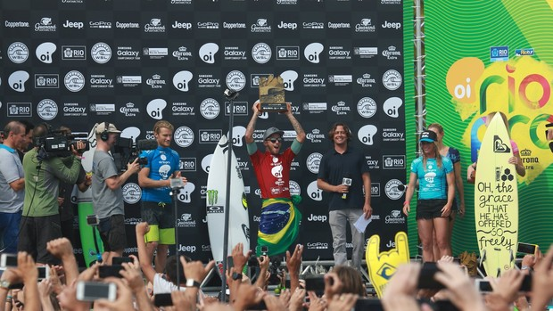 Filipe Toledo (Foto: Dilson Silva / AgNews)