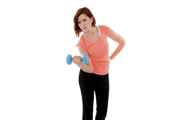 Relaxar e alongar os músculos, além de comer, são essenciais para a boa recuperação dos músculos após os treinos (Foto: Think Stock)