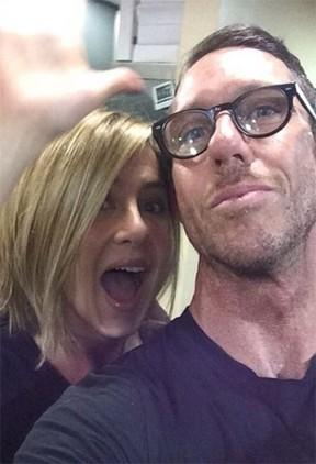 Jennifer Aniston e Chris McMillian  (Foto: Instagram/Reprodução)