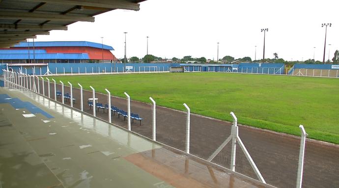 Estádio das Moreninhas recebe últimos retoques (Foto: Reprodução/TV Morena)