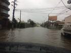 Chuva forte causa alagamentos, estragos e bloqueio de rodovia no RS