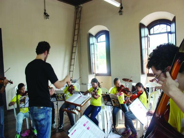 Projeto Guri ensina música gratuitamente à população (Foto: Divulgação/Prefeitura de Piedade)