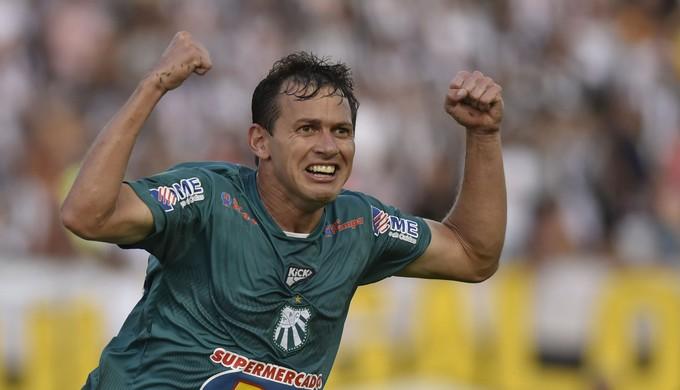 Luiz Eduardo, Caldense (Foto: Douglas Magno)