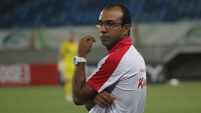 Felipe Surian técnico do América-RN (Foto: Fabiano de Oliveira)
