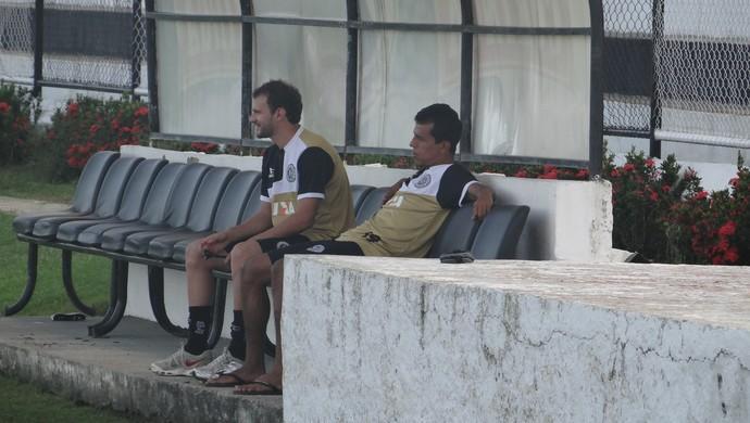 Marlon e Didira, jogadores do ASA (Foto: Leonardo Freire/GloboEsporte.com)