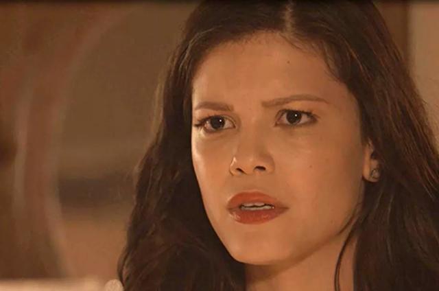 Maria Vitória se choca ao receber cinzas — Tempo de Amar