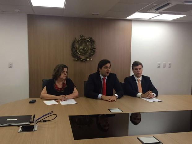 CPI indicia faculdades em PE e pede investigações em todo o país  (Foto: Thays Estarque/G1)