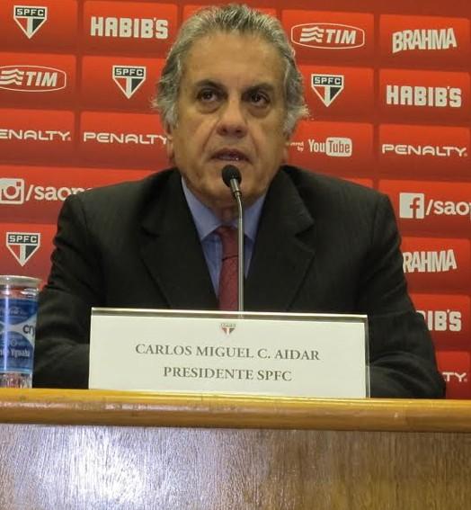 vai pra cima (Carlos Augusto Ferrari)