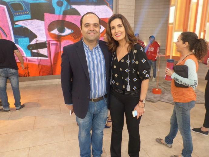 Convidado do programa com a Fátima  (Foto: Tiele Nicolini/Gshow)