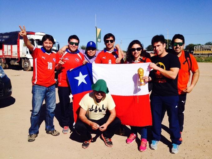 Chilenes a caminho da Copa