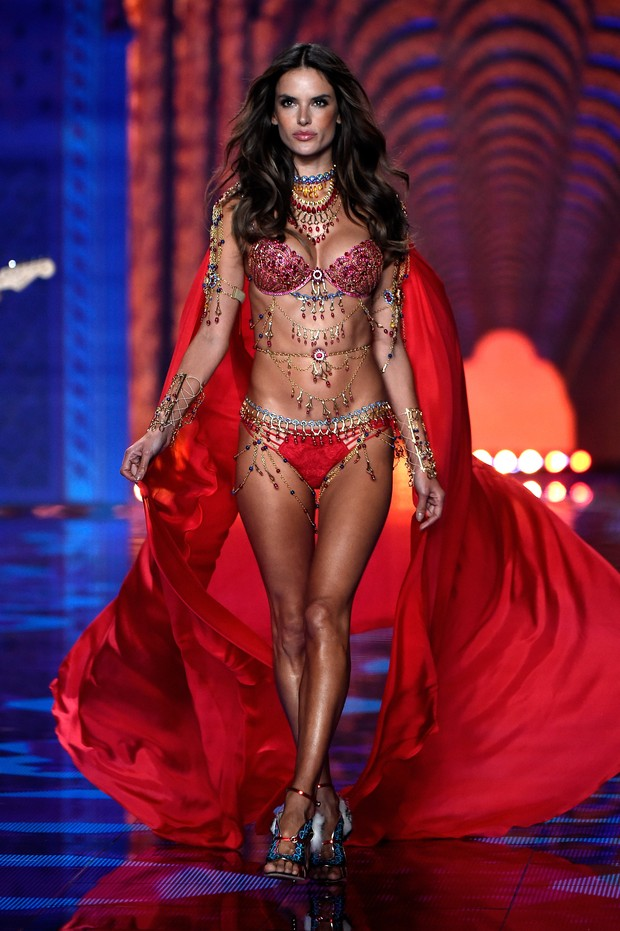 Alessandra Ambrósio (Foto: Getty Images)