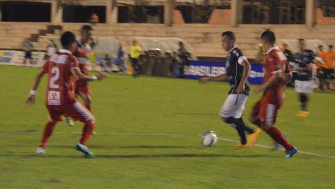 Aleilson é o artilheiro do São Francisco, com 4 gols (Foto: Dominique Cavaleiro/GloboEsporte.com)