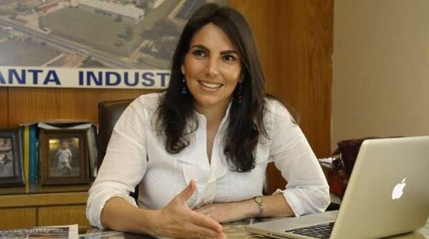 Isabelle Chaquiriand: uruguaia de 39 comanda indústria de plástico, é mãe de 3 filhos e tem vários outros projetos (Foto: Divulgação)