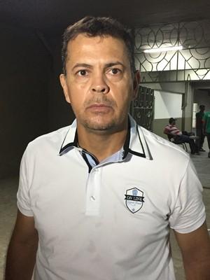 Jazon Vieira, treinador do Sousa (Foto: Lucas Barros / GloboEsporte.com/pb)