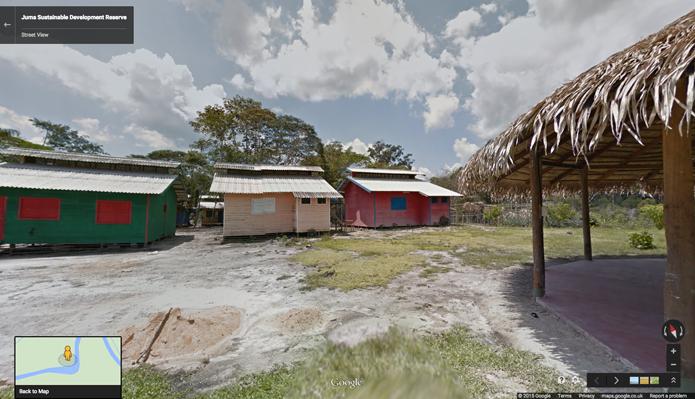 Comunidades que vivem na floresta também foram fotografadas (foto: Reprodução/Google)