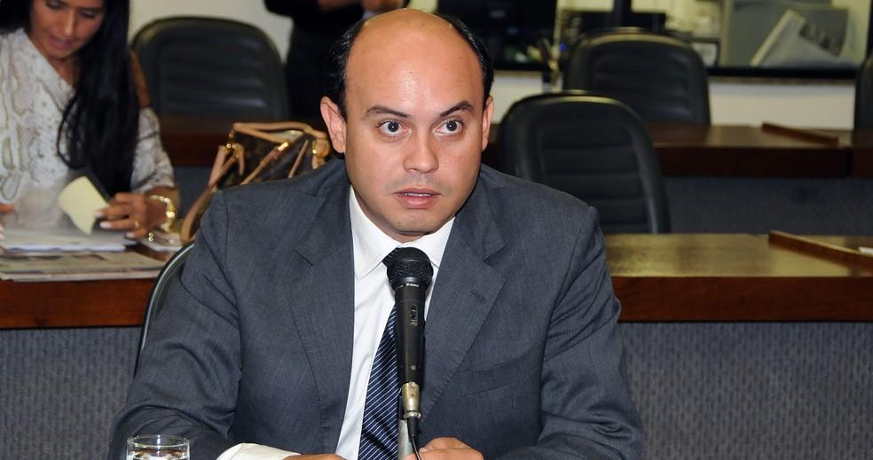 Sandoval Cardoso foi considerado inelegível pelo TRE (Foto: Assembleia Legislativa/Divulgação)