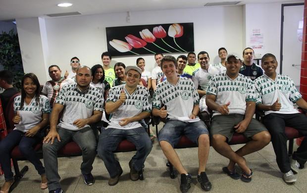 Palmeirenses em doação de sangue (Foto: Wenner Tito)