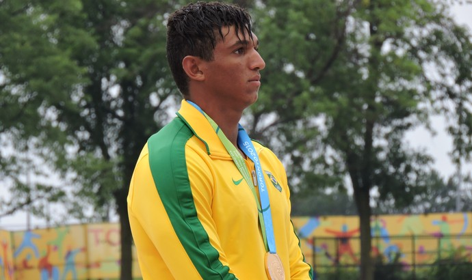 Isaquias é o grande nome da canoagem brasileira para as Olimpíadas Rio 2016 (Foto: Divulgação/Confederação Brasileira de Canoagem)