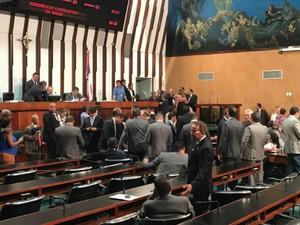 Sessão na Assembleia Legislativa define a nova mesa diretora da casa (Foto: Alan Tiago Alves/G1 Bahia)
