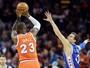 """Splitter comemora sua primeira cesta de três na NBA: """"Vou chutar mais"""""""