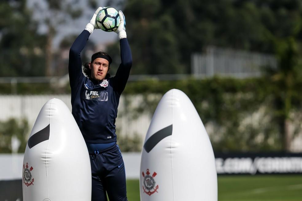 Cássio durante treino do Corinthians (Foto: Rodrigo Gazzanel/Ag. Corinthians)