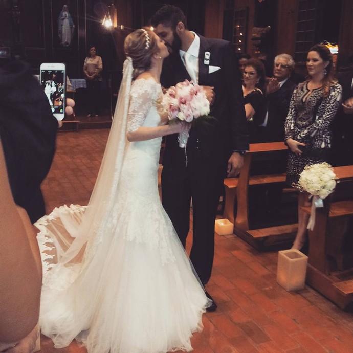 vôlei casamento Wallace Cruzeiro (Foto: Reprodução Facebook)
