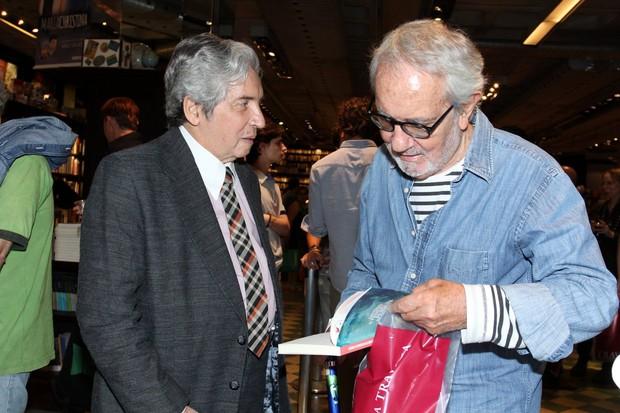 Famosos no lançamento do livro de Domingos Oliveira (Foto: Alex Palarea/AgNews)