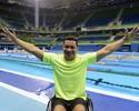 De sorriso aberto e dever cumprido, Clodoaldo pensa em se divertir no Rio