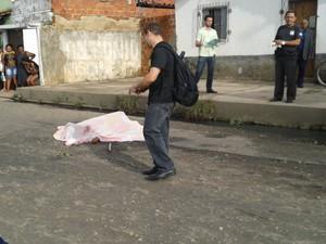 Idoso teria sido vítima de assalto durante caminhada no bairro São Joaquim (Foto: Gilcilene Araújo /G1)