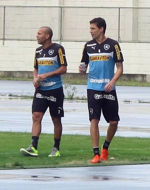 Emerson e Bolivar, Botafogo (Foto: Fred Huber / Globoesporte.com)