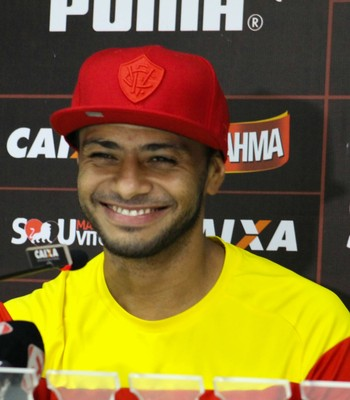 Cleiton Xavier meia do Vitória (Foto: Maurícia da Mata / Divulgação / EC Vitória)