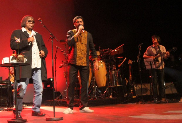 Milton Nascimento e Criolo (Foto: Thiago Duran / AgNews)