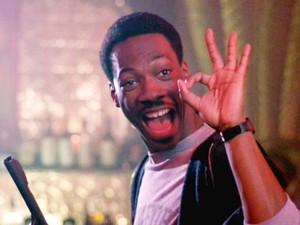 Eddie Murphy em cena de 'Um tira da pesada' (Foto: Divulgação)