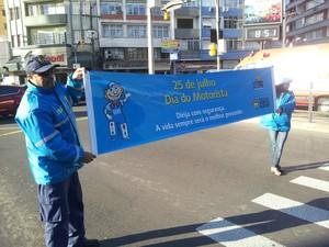 Mobilização marca o Dia do Motorista na capital gaúcha (Foto: Josmar Leite/RBS TV)