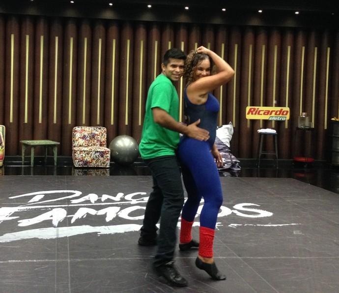 Solange Couto mostrou o rebolado e promete arrasar no funk (Foto: Janaína Ornellas/Gshow)